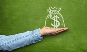 8 cách tiêu tiền khiến bạn 'nghèo bền vững': Chạy theo thời trang, công nghệ; thích mang theo tiền mặt và thẻ tín dụng...