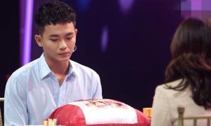 Bạn gái khóc khi diễn viên Anh Tú từ chối nối lại tình cảm