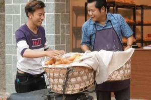 Nghệ sĩ Thanh Nam: Từ chủ tiệm bánh 'Bố là tất cả' đến người bán 'Bánh mì ông Màu'